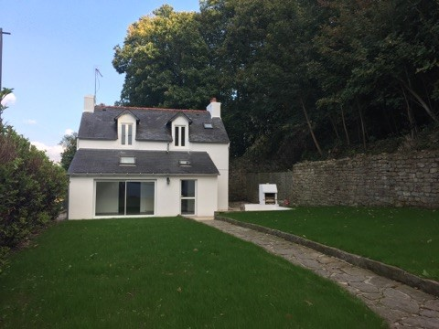 Maison a louer quimper 3 chambres jardin terre d 39 immo - Location maison avec jardin quimper colombes ...