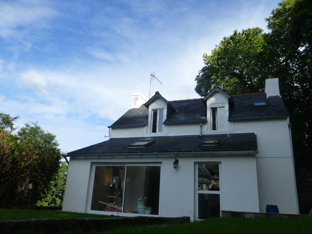 Maison a louer quimper 3 chambres jardin terre d 39 immo for Louer maison jardin
